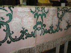 Klub dôchodcov - výstava tkaných   úžitkových textílií 2008