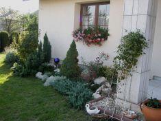 Záhrady, záhradky, dvory...(časť   2.)